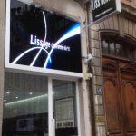 Écran LED intérieur pour vitrine